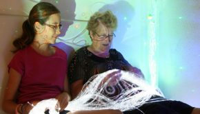 Aménager une chambre sensorielle pour une personne alitée